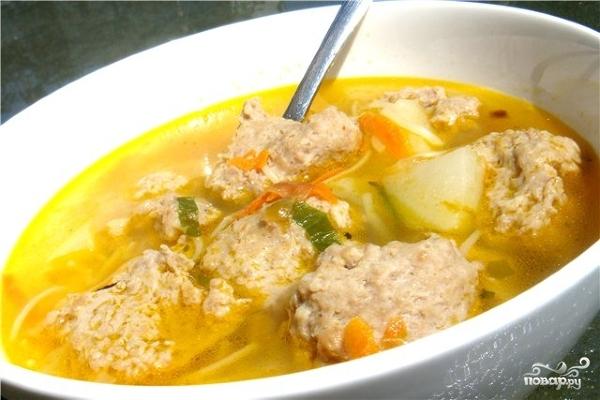 Суп с фрикадельками в мультиварке - фото шаг 5