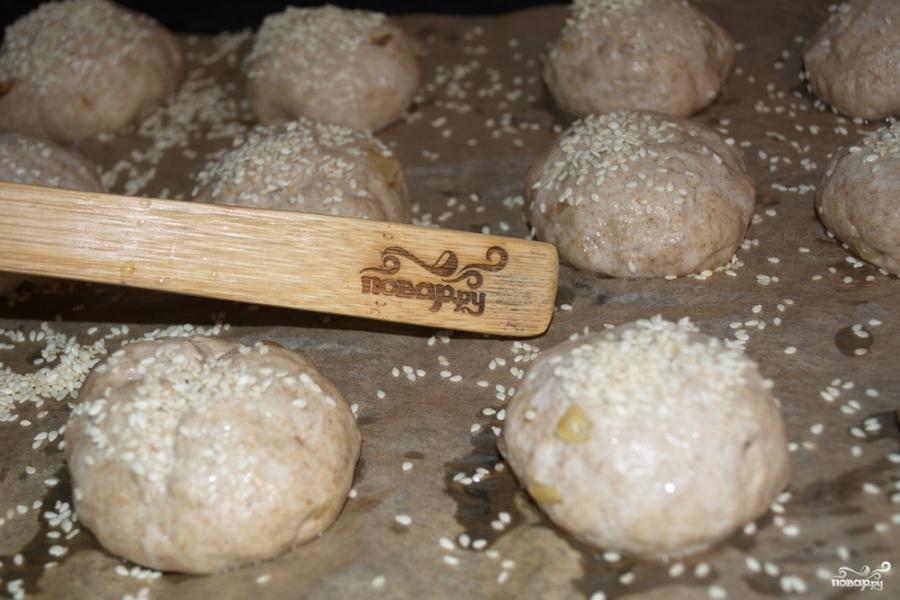 Ржаные булочки с луком в хлебопечке - фото шаг 4