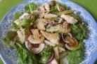 Салат пикантный с курицей и шампиньонами