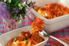 Горбуша, запеченная в духовке под томатным соусом