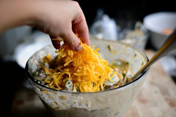Салат с запеченным картофелем - фото шаг 13