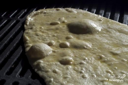 Пицца с лососем - фото шаг 3