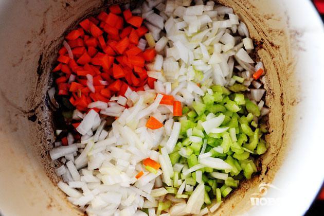 Куриный суп с клецками - фото шаг 3