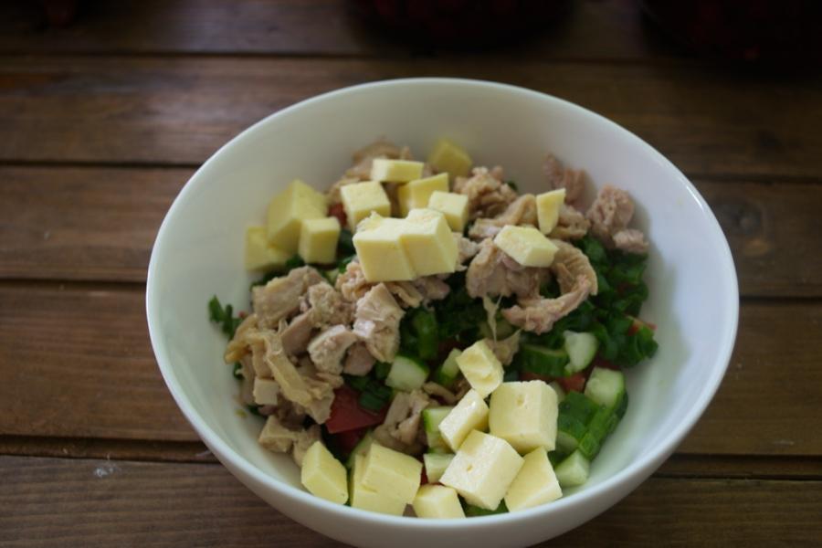 Салат с фетой и курицей - фото шаг 4