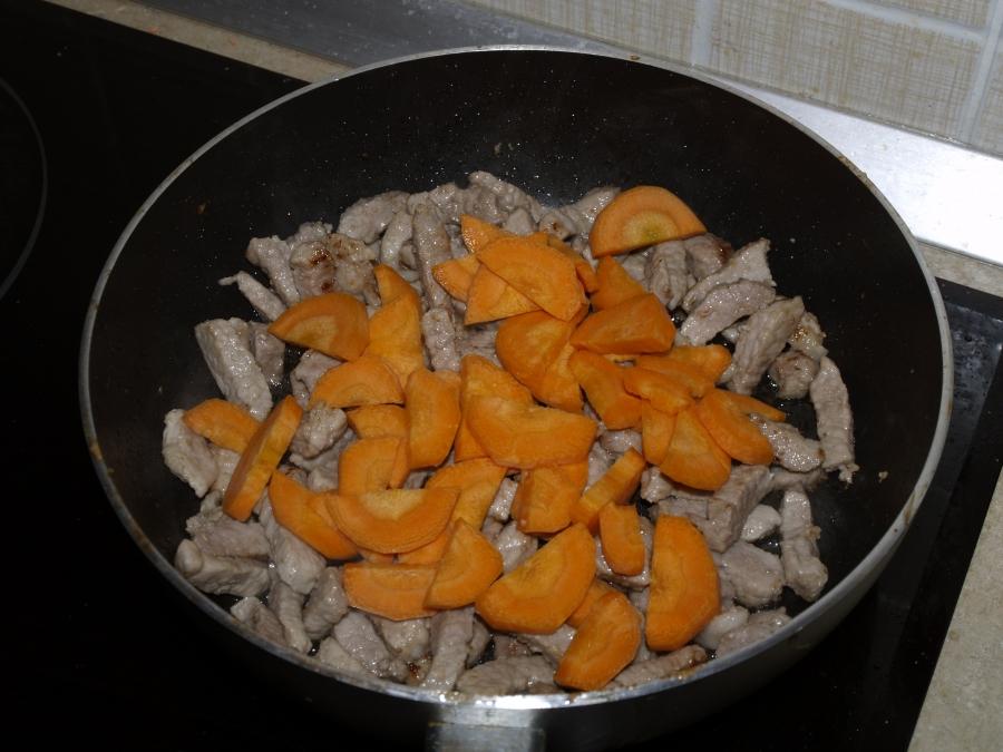 Рагу с мясом и грибами - фото шаг 3
