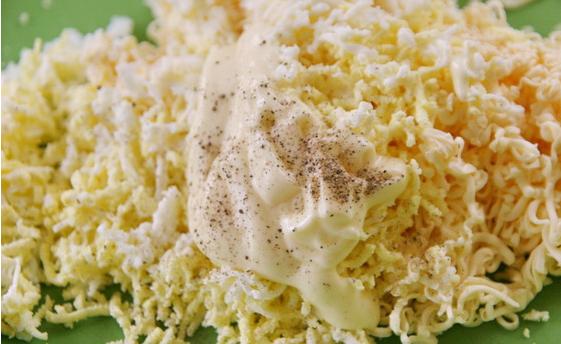 Рецепт Салат в лаваше с крабовыми палочками и кукурузой