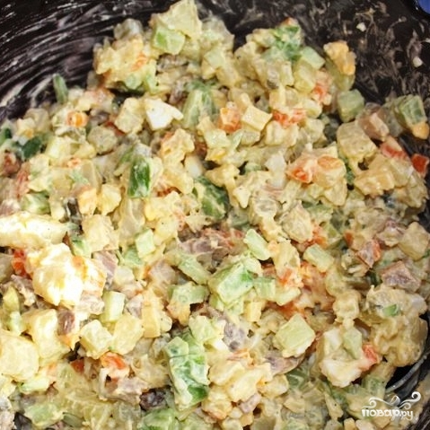 Сытный новогодний салат - фото шаг 23