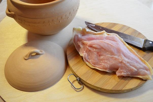 Рагу томленое в глиняном горшочке с фрикадельками из индейки - фото шаг 1