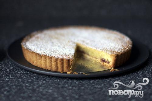 Миндальный пирог с малиной