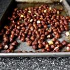 Рецепт Тарт со сливами и лесными орехами