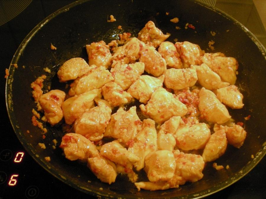 Салат с курицей и апельсинами - фото шаг 2