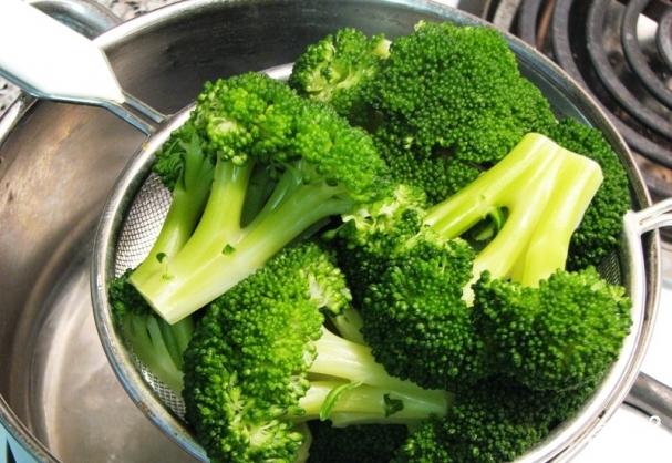 Запеканка с брокколи и сыром - фото шаг 2
