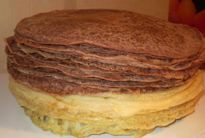 Рецепт Блинный торт со сметаной и сгущенкой