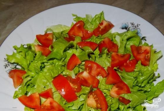 Салат с перепелиными яйцами и тунцом - фото шаг 2