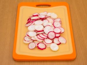 Салат с горошком и курицей - фото шаг 3