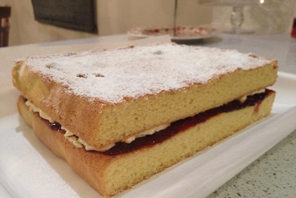 Быстрый пирог с вареньем - фото шаг 6