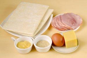 Рецепт Круассаны с ветчиной и сыром