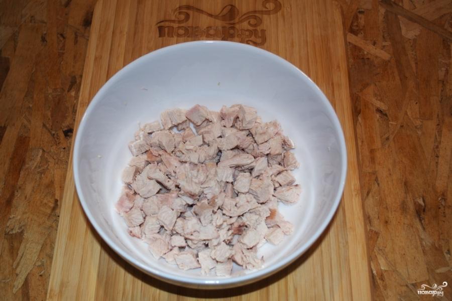 Рецепт Салат с ананасами, курицей и кукурузой