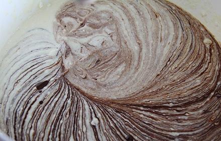 Шоколадный пудинг в микроволновке - фото шаг 2