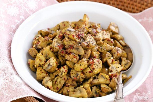 Рецепт Пикантная закуска из шампиньонов