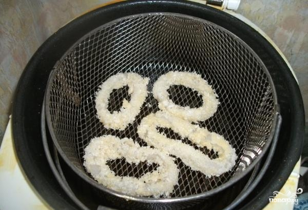 Кальмаровые кольца в кляре - фото шаг 7