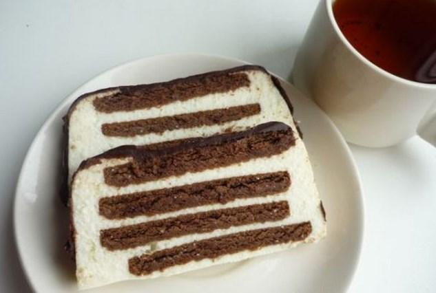 Творожный торт с печеньем без выпечки - фото шаг 9