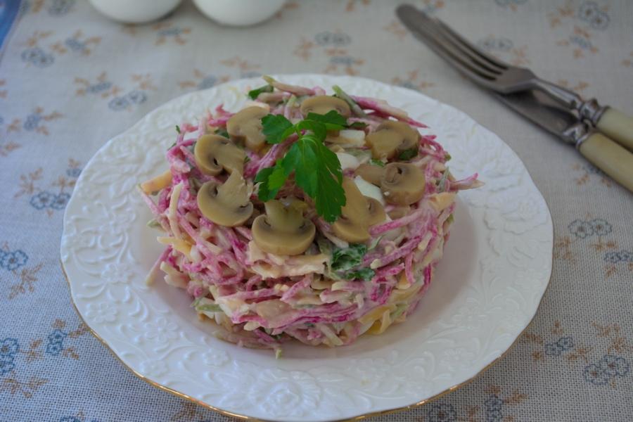 Салат с сыром и овощами - фото шаг 4