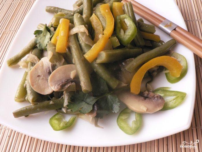 Тушеные грибы с овощами