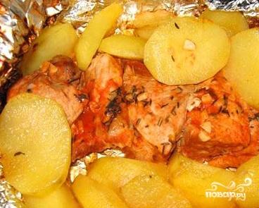 Отбивные с картошкой в духовке - фото шаг 7