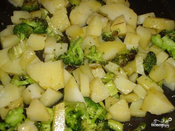 Картофель с брокколи - фото шаг 7