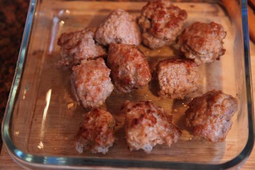 Тефтели в грибном соусе - фото шаг 2