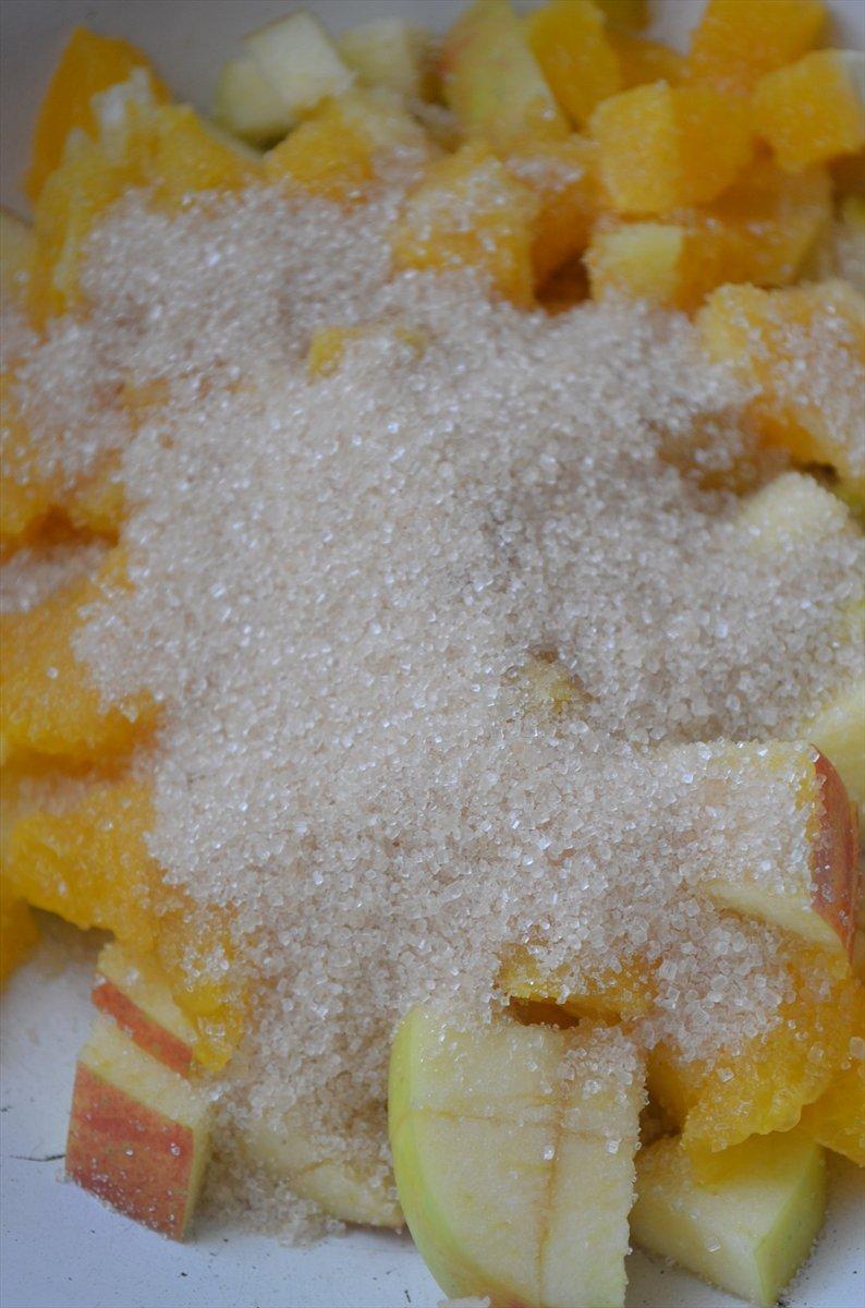 Штрудель с заварным кремом  и фруктами - фото шаг 2