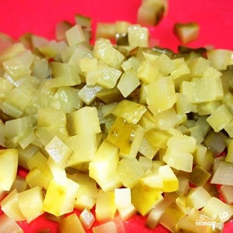 Сытный новогодний салат - фото шаг 11