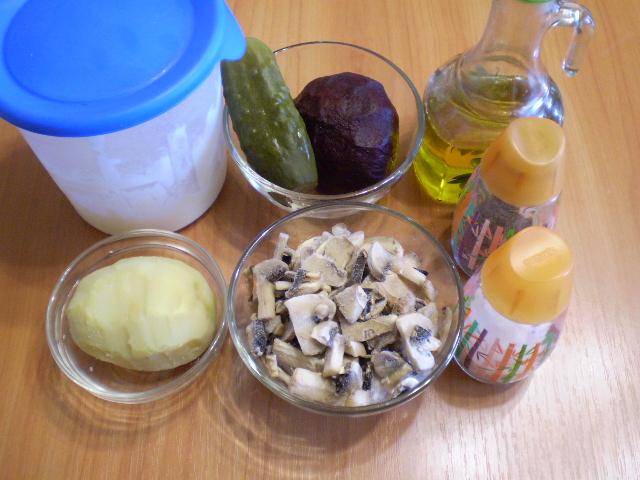 Салат с грибами слоями - фото шаг 1