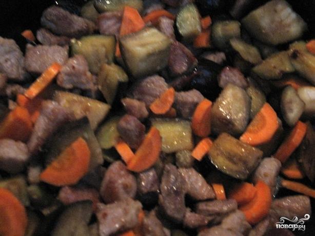 Баклажаны, жаренные со свининой - фото шаг 4