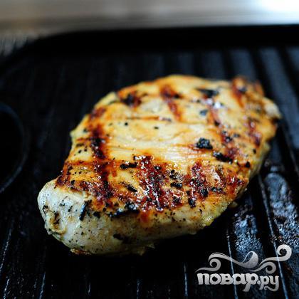 Курица гриль с сыром и макаронами - фото шаг 1