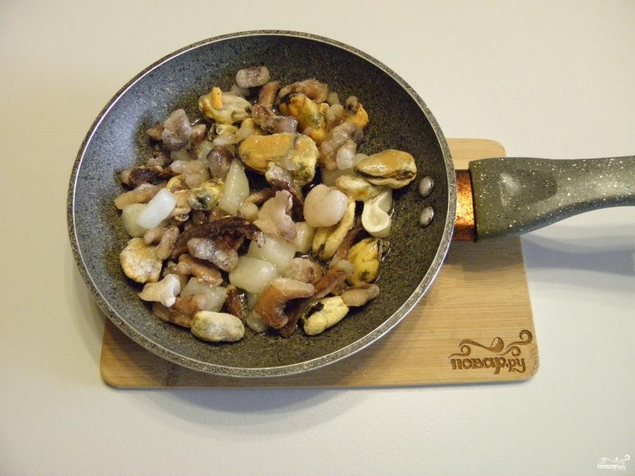 Лапша с морепродуктами - фото шаг 2