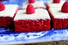 Малиновый десерт