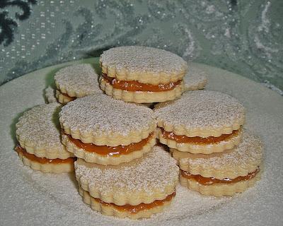 Песочное печенье со сгущенкой - фото шаг 7