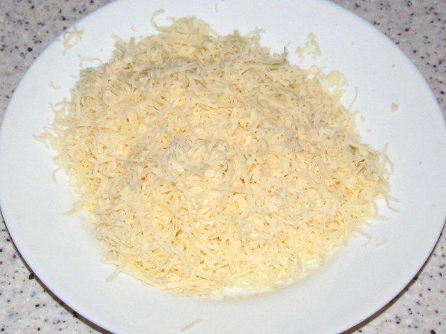 Макароны с грибами и сыром - фото шаг 8