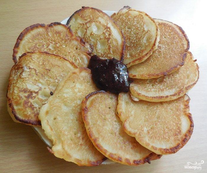 Оладьи на кефире и сухих дрожжах рецепт с фото пошагово