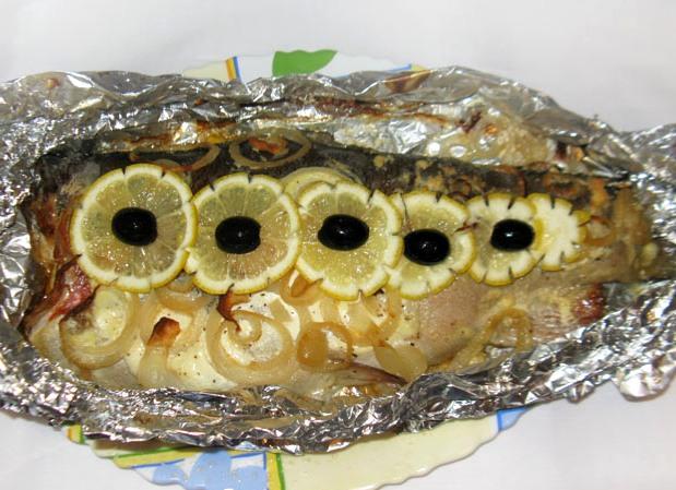 Форель с лимоном в фольге - фото шаг 8