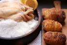 Курица, запеченная в соли