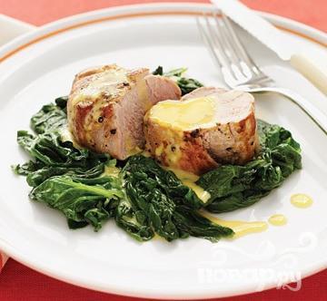 Рецепт Свинина с апельсиново-чесночной приправой и шпинатом