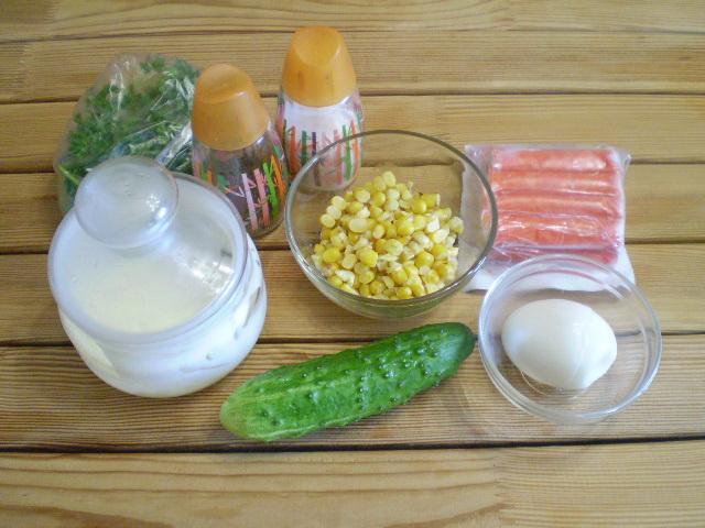 Рецепт Салат из крабовых палочек с огурцом