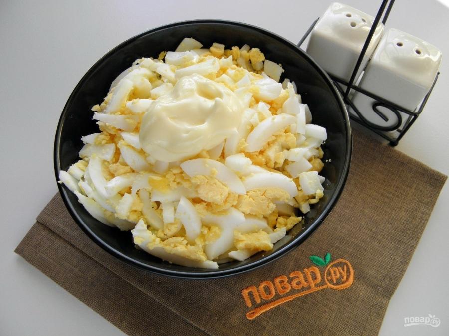 Вкусный салат с креветками и кальмарами рецепт с фото