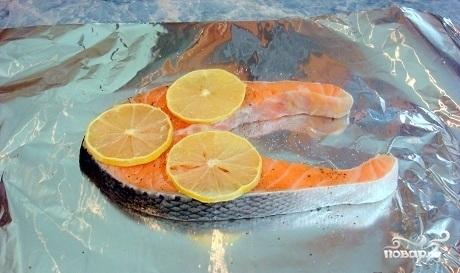 Сливочный соус к рыбе с икрой - фото шаг 1