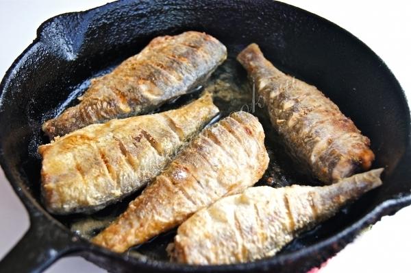 котлеты с рисом и рыбными консервами рецепт с фото