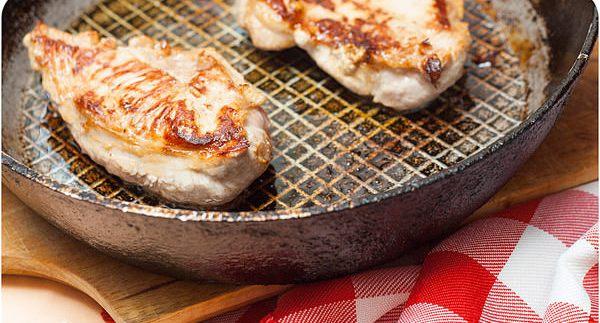 Сочная свинина на сковороде - фото шаг 4