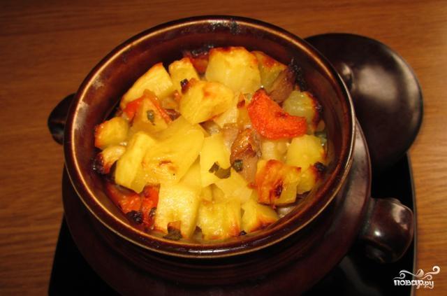Как делать свинину в горшочке с картошкой в духовке рецепт пошагово